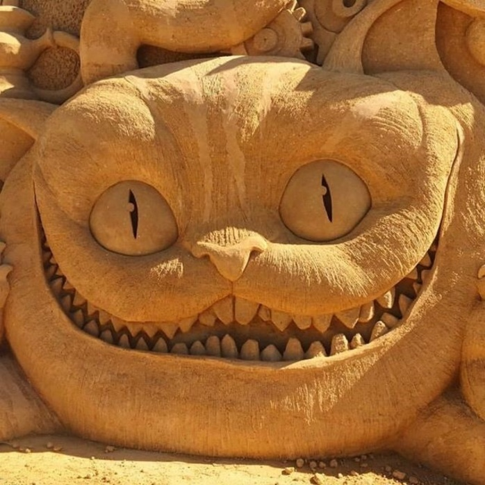 Alice in Wonderland Sand Sculptures