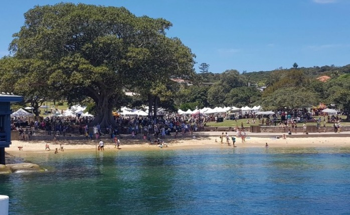 Watsons Bay Christmas Twilight Market